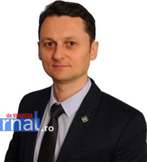 Cristi Irimia pleacă din PNL și Consiliul Județean și (re)devine jurnalist