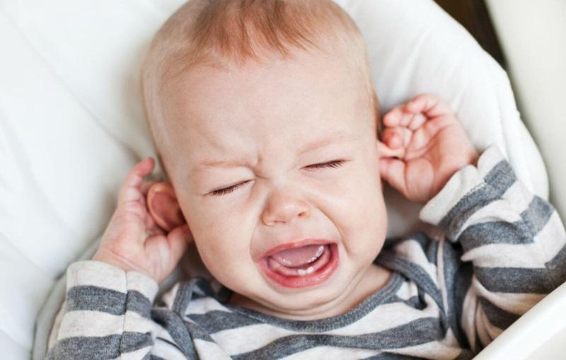 Cariile la bebeluși: De ce apar și cum pot fi prevenite?