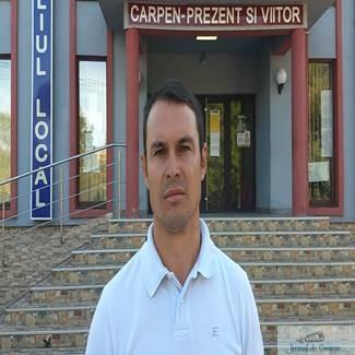 """Comuna Carpen a reusit sa fie un """"exemplu"""" pentru Administrat"""