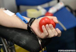 Donare de sânge, șansă la viață! O tânără are nevoie de sprijin