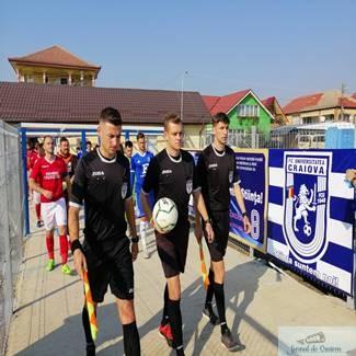 Fotbal : Universitatea Craiova castiga categoric impotriva echipei CS Crisul Chisineu Cris !
