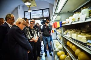 FOTO Care sunt prețurile în noul magazin de brânzeturi locale