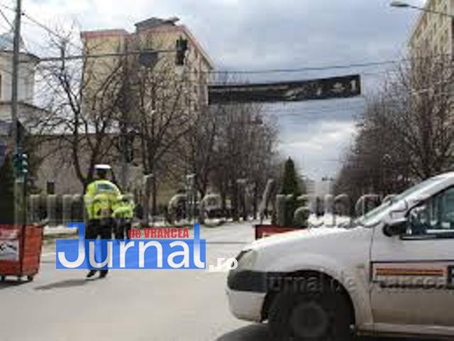 Interzis pentru mașini prin centrul Focșaniului până luni dim