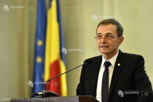 Preşedintele Academiei Române: Ne putem plânge de un anumit dezinteres în raport cu trecutul şi cu marile sale personalităţi