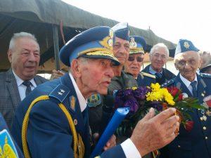 Zile de aur cu torțe și lacrimi aprinse pentru Eroii Neamului    Ziua Armatei Române – Valea Uzului/ Bacău – 25 octombrie 2019
