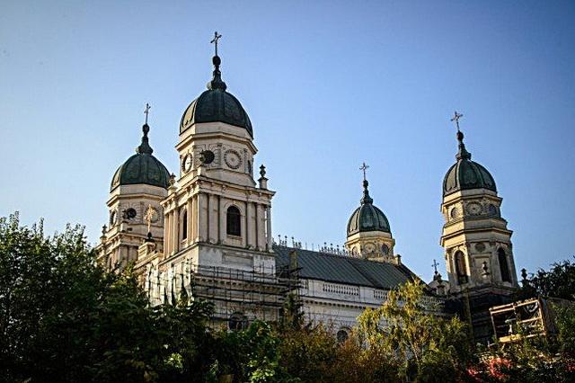 Lista bisericilor și mănăstririlor care au primit binecuvântare financiară de la consilierii județeni în Neamț
