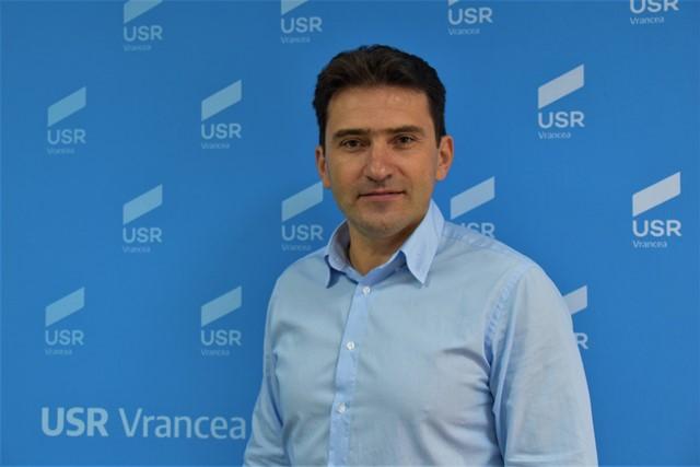 """Liviu Macovei: """"Misăilă face de rușine funcția pe care încă o mai are"""""""
