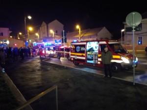 Mall-ul a fost evacuat. Trei angajați ai serviciului privat de pompieri sunt la spital FOTO VIDEO
