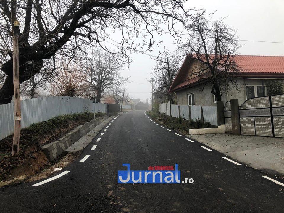 FOTO: Peste 3,7 milioane investiți de CNI în drumurile din comuna Fitionești