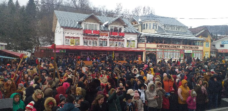 O reușită: Festivalul de datini şi obiceiuri de iarnă în comuna Bălţăteşti