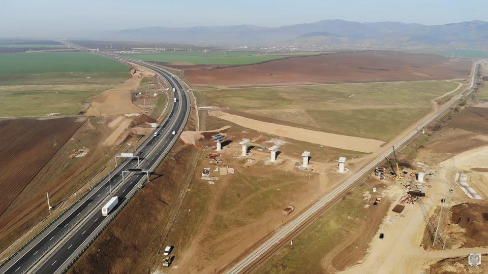 Avertisment pentru contractorii loturilor 1 și 2 ale Autostrăzi