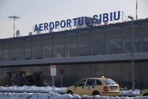 Patru avioane cu destinația Cluj au fost redirecționate aseară către Sibiu