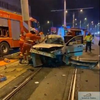 """Tanara moarta in accidentul de pe pasajul suprateran facea live pe Facebook in momentul nenorocirii: """"Bai, condu ca lumea!"""""""