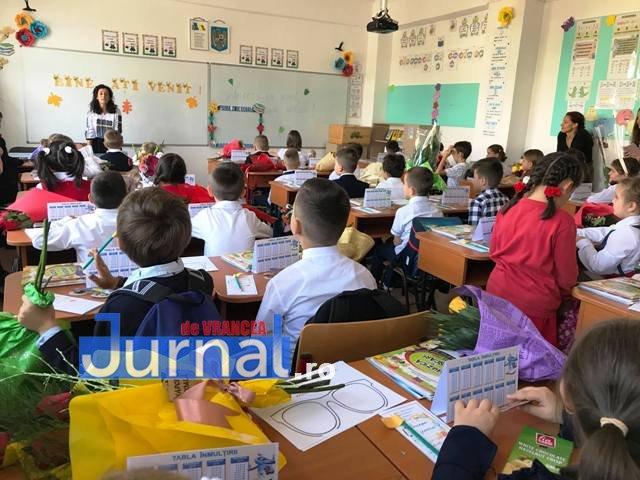 Epidemia de gripă din țară trimite angajații primăriei în școli. Vrancea – zero cazuri de gripă