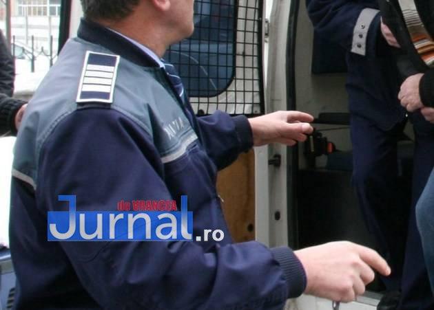 Femeie tâlhărită pe strada Tisa de un adolescent   Tânărul, acuzat și de alte fapte, a fost reținut