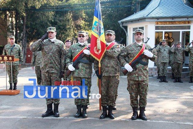 FOTO: Schimbare de comandă la Brigada 8 LAROM