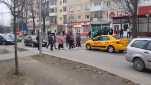 VIDEO Protest inedit al sibienilor din Cireșica: au blocat circulația pe Calea Cisnădiei