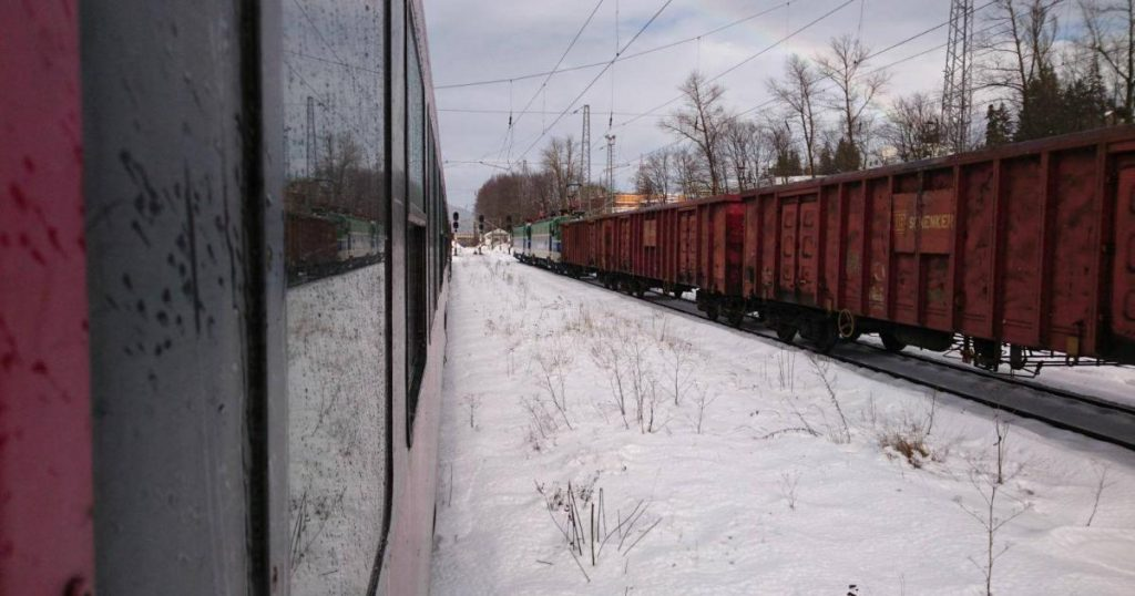 CFR Călători suspendă alte trenuri, ca urmare a noilor restricții de circulație impuse de miercuri