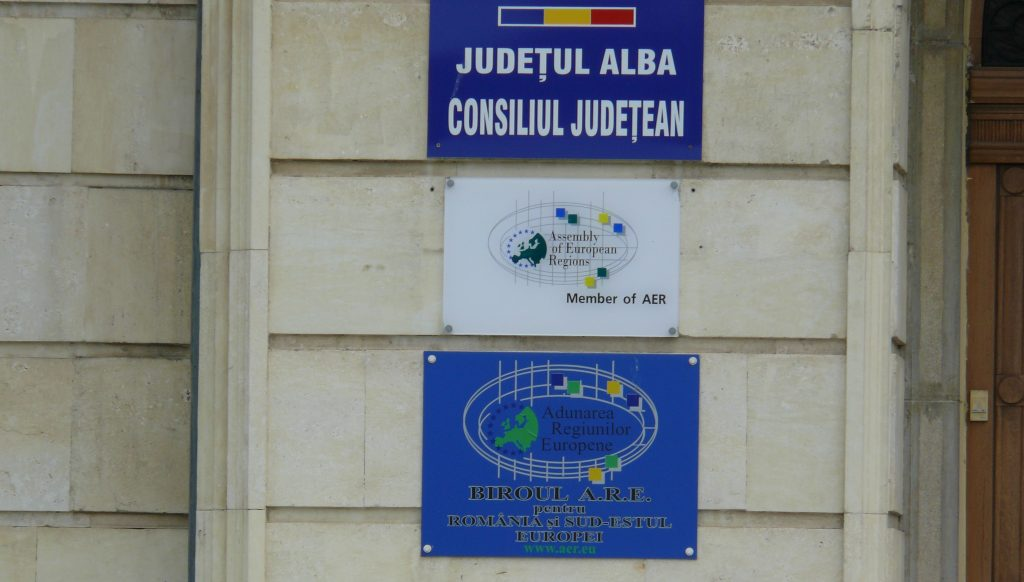 Întâlnire de lucru la Consiliul Județean Alba pe tema susținerii pregătirii profesionale a tinerilor