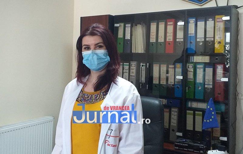 Medicul stomatolog Codruța Neagu face slalom între cursurile de management și cursurile de medicină generală, dar asigură că are timp să conducă Spitalul Județean