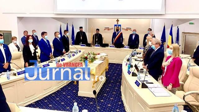 VIDEO: Sala de ședințe a Primăriei Focșani, sfințită înainte de ședința ordinară a Consiliului Local