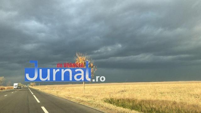 ULTIMĂ ORĂ: 12 comune din Vrancea sub atenționare COD PORTOCALIU de fenomene meteo extreme