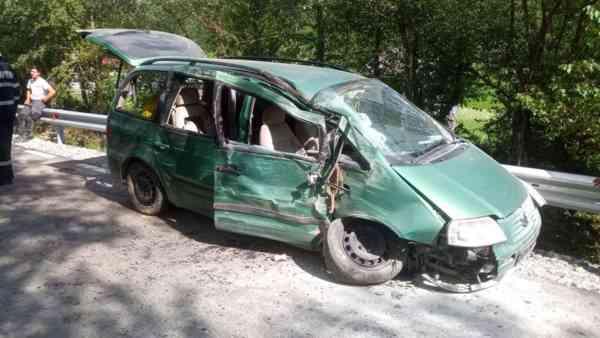 Persoană rănită într-un accident produs pe un drum comunal di