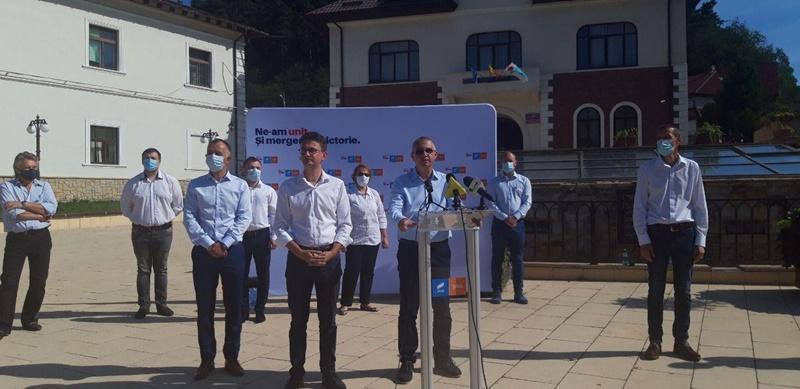 USR-PLUS și-a lansat la Piatra-Neamț candidații pentru alegerile locale