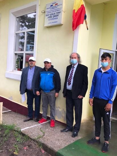 """Acțiune derulată de Partida Romilor """"Pro-Europa"""" Teleorman pentru prevenirea și limitarea virusului Covid-19"""