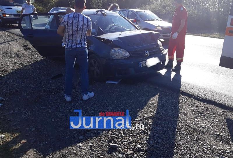 ACUM! Accident între Focșani și Garoafa! Două persoane rănite!