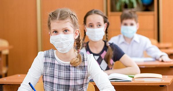 De noaptea minții! Câțiva primari PSD din Teleorman refuză să dea școlilor măști de protecție și dezinfectanți