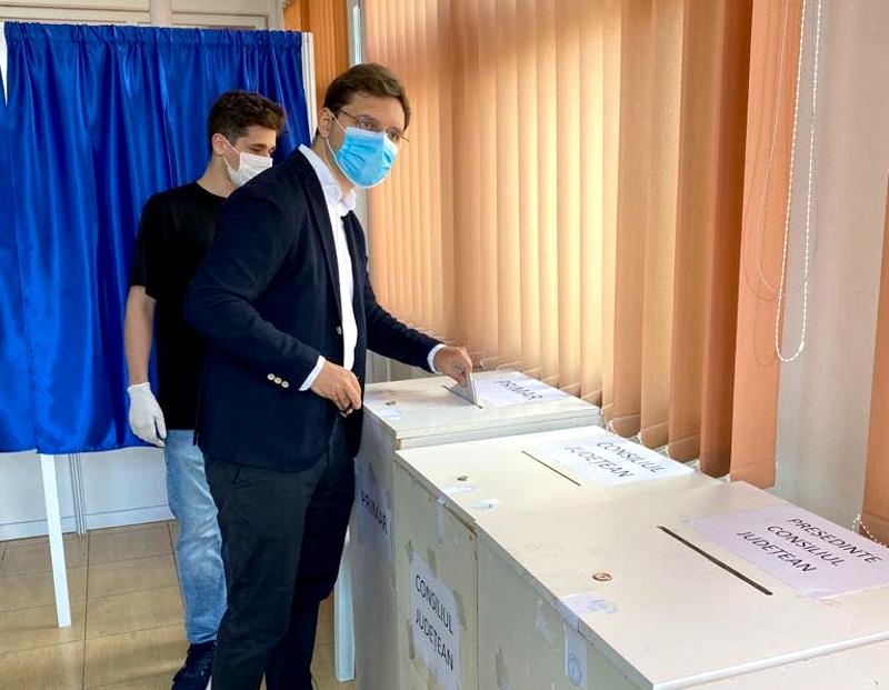 Negrescu (PSD) s-a declarat nemulțumit de condițiile de votare
