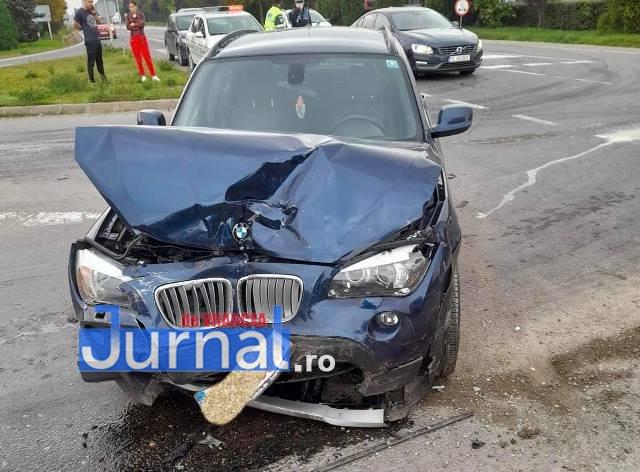 FOTO: Accident pe șoseaua europeană | O femeie a rămas încarc