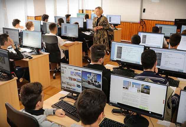 Guvernul Orban, investiţii masive în şcolile şi grădiniţele