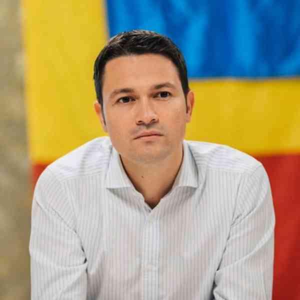 """Robert Sighiartău: """"Sunt gata să mă implic în bătălia din"""