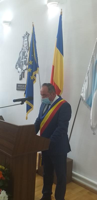 Târgu Neamţ: Daniel Harpa şi-a preluat oficial cel de-al treil