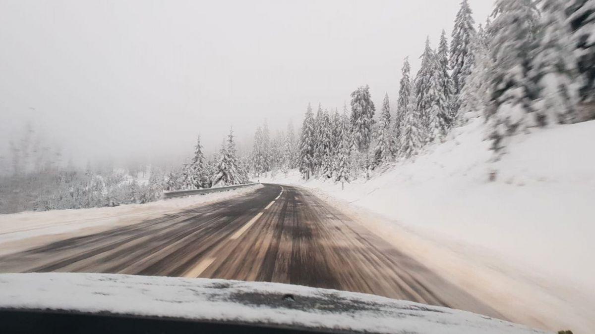 Atenție șoferi, cod galben de ninsori!
