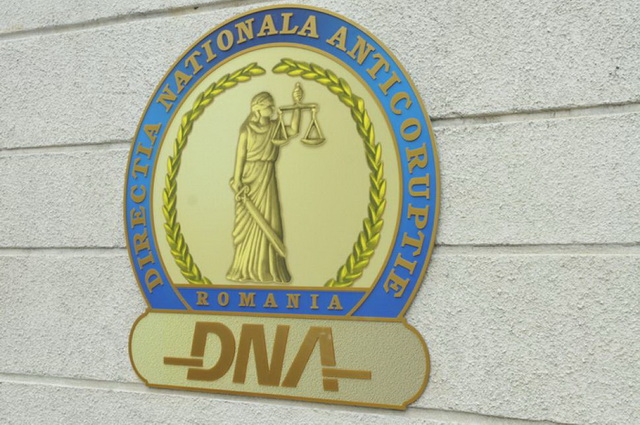 DNA Bacău: Mugur Cozmanciuc, Vlad Marcoci și un om de afaceri t