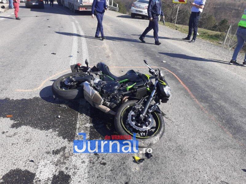 ULTIMĂ ORĂ! Motociclista implicată în accidentul din Vidra a