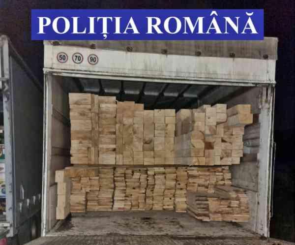 FOTO: Peste 28 mc de lemn, confiscat, și amenzi de 18.000 lei, a