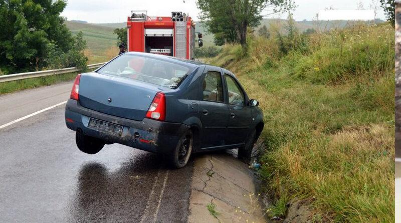 A condus fără permis şi a provocat un accident rutier