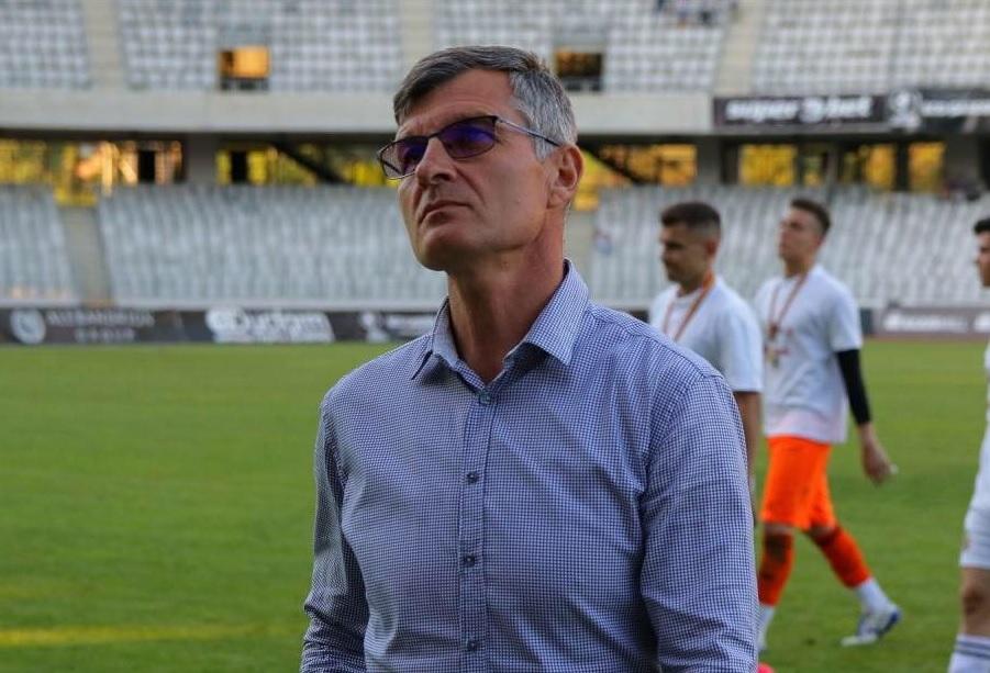 """Ioan Ovidiu Sabău """"și-a pus pe pauză"""" cariera de antrenor."""