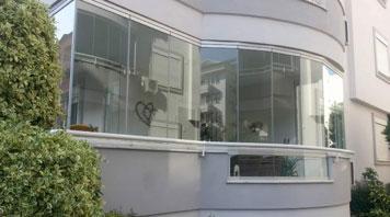 Sisteme de închideri balcon – 3 soluții, un singur nume: Rom Decor