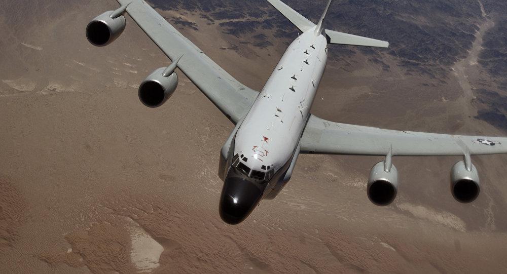 Ministerul rus al Apărării - VIDEO: avion-spion american, interceptat de forţele ruseşti