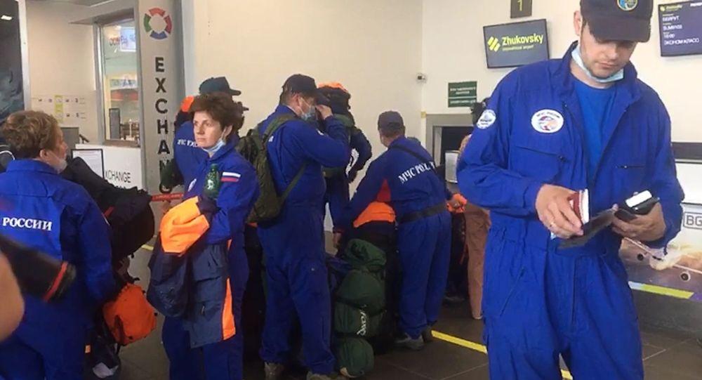 Al treilea avion cu salvatori ruși a plecat spre Beirut