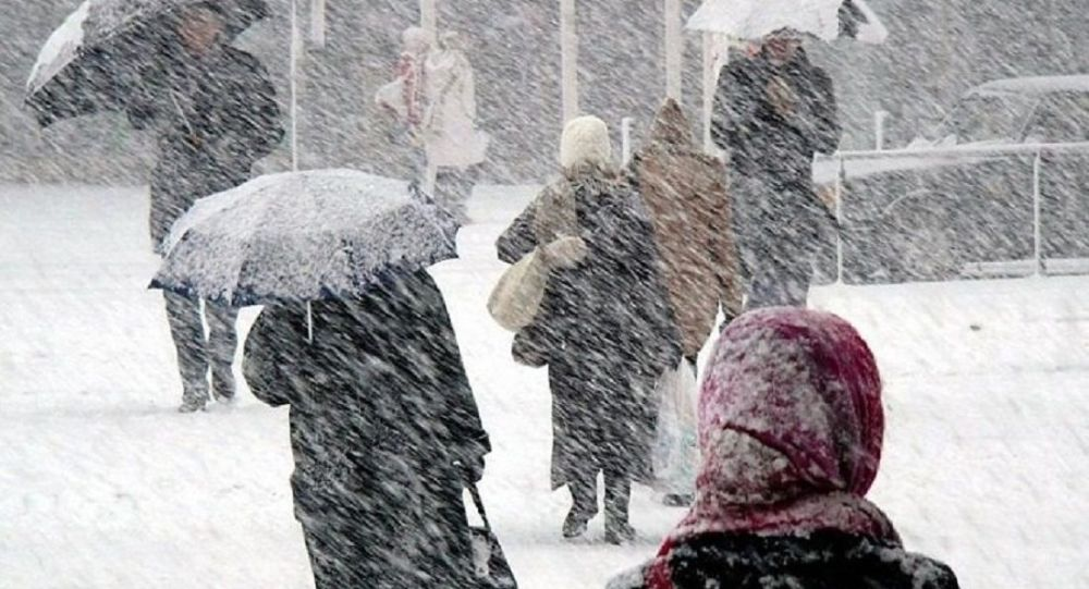 Avertizare meteo: ninsori viscolite şi ploi – COD GALBEN