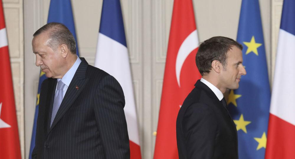 Cearta lui Macron cu islamul naște reacții mondiale