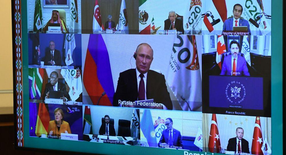 Putin: Rusia, gata să ofere tuturor vaccinul anti-COVID-19 - Vid