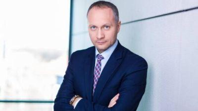 ALATURI DE ROBERT – Baroul Bucuresti le aminteste avocatilor sa