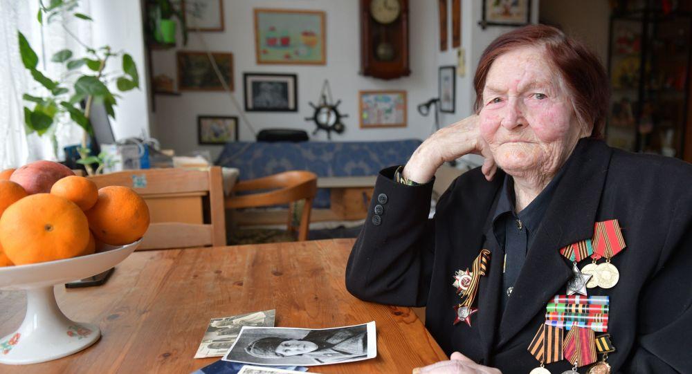 Cea mai spectaculoasă zi a războiului – povestea unei femei v